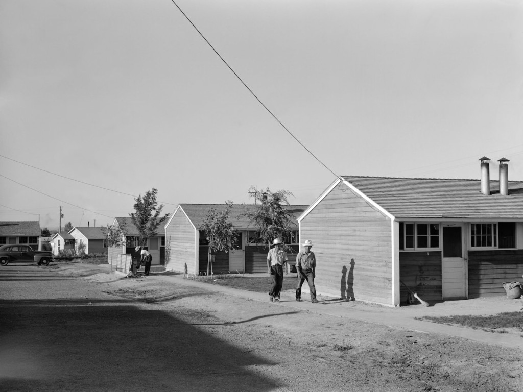 The Twin Falls farm labor camp in July 1942. Library of Congress, Prints & Photographs Division, FSA-OWI Collection, LC-USF34-073771-D.